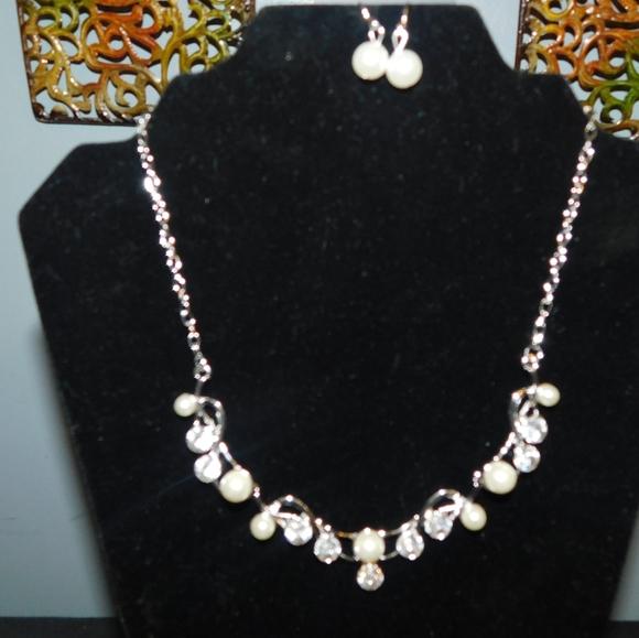 pearl white diamond silver fashion necklace set